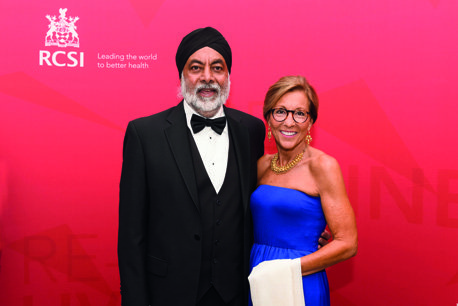 18/08/2018, Gursharn Rakhra (Medicine, 1988) and Mrs Dorothy Rakhra at the RCSI Alumni Gathering Gala Dinner in the Round Room at The Mansion House, Dawson Street, Dublin 2 (Picture by: Lafayette Photography)