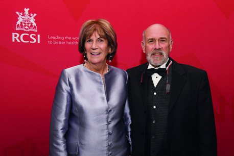 18/08/2018,  Ms Catherine O'Brien and Dr Ken Olinger (Medicine, 1978)  at the RCSI Alumni Gathering Gala Dinner in the Round Room at The Mansion House, Dawson Street, Dublin 2 (Picture by: Lafayette Photography)